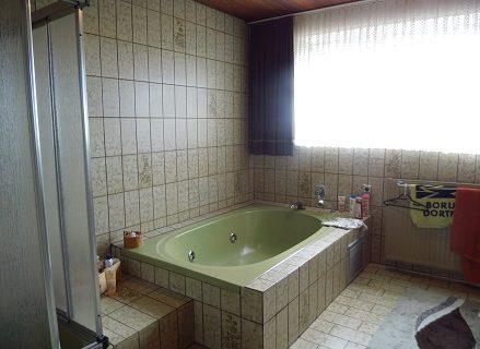 Einfamilienhaus Mit 260 Qm Wohnfläche Und 450 Qm Zusätzlicher Gewerbefläche  In Xanten Auf 1.568 Qm Grundstück U2013 RW Immobilien /// Rappen U0026 Wachsmann ...